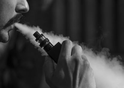 Vaping puts your Lung Health in Peril