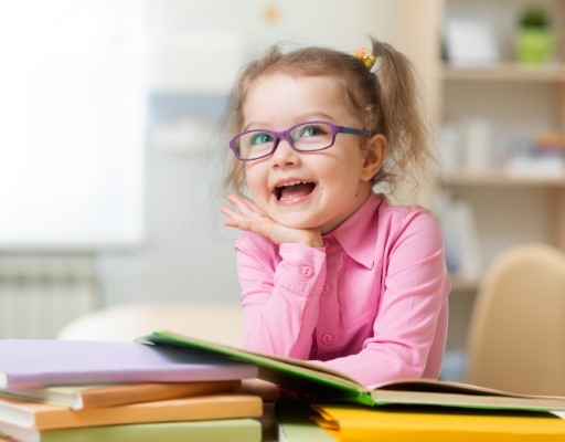 Signs That Your Child May Need Eyeglasses