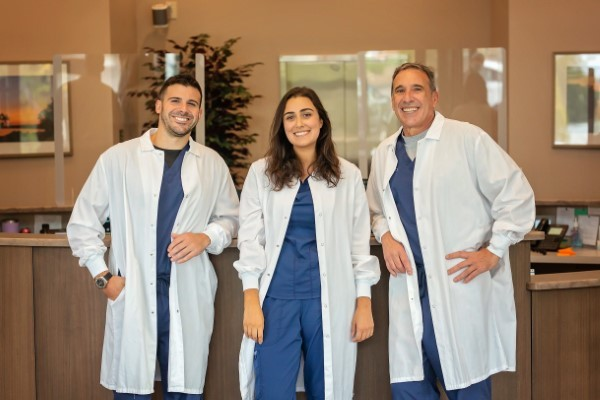 DiStefano Family Dentistry Welcomes Dr. Sarah Sinisgalli to the Team!