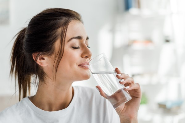 Water: The Ultimate Power Drink for Your Teeth
