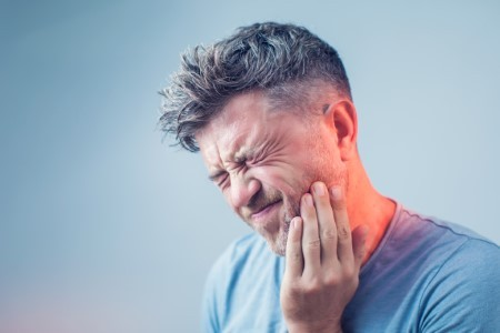 Toothache? Your Endodontist Can End the Pain