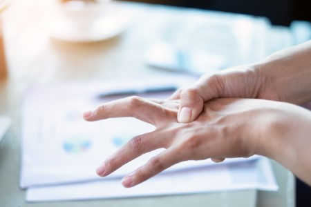 Stiff, Locking Fingers? Physical therapy Can Help