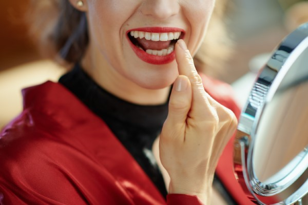 Is Tooth Bonding Right For You? Ask a Prosthodontist